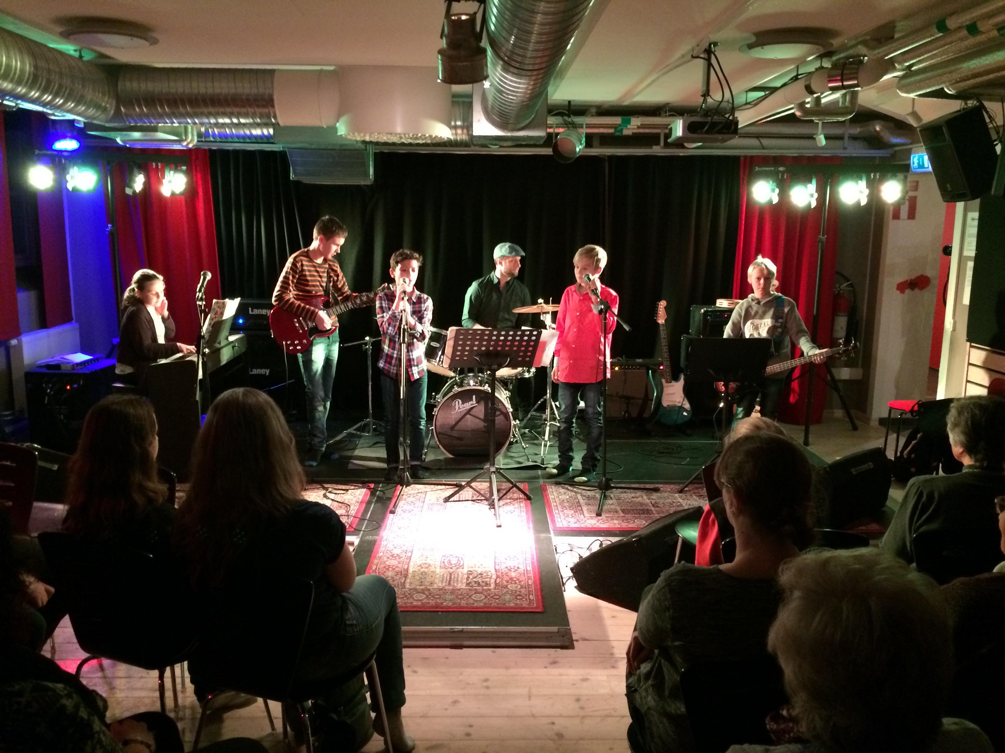 Julkonsert med band från Kulturskolan
